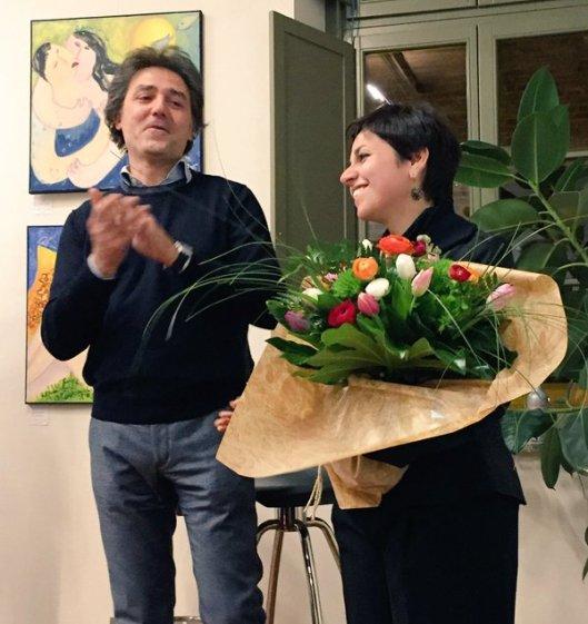 Fabrizio Stecca, il padrone di casa. e Sara Merlino, la gallerista